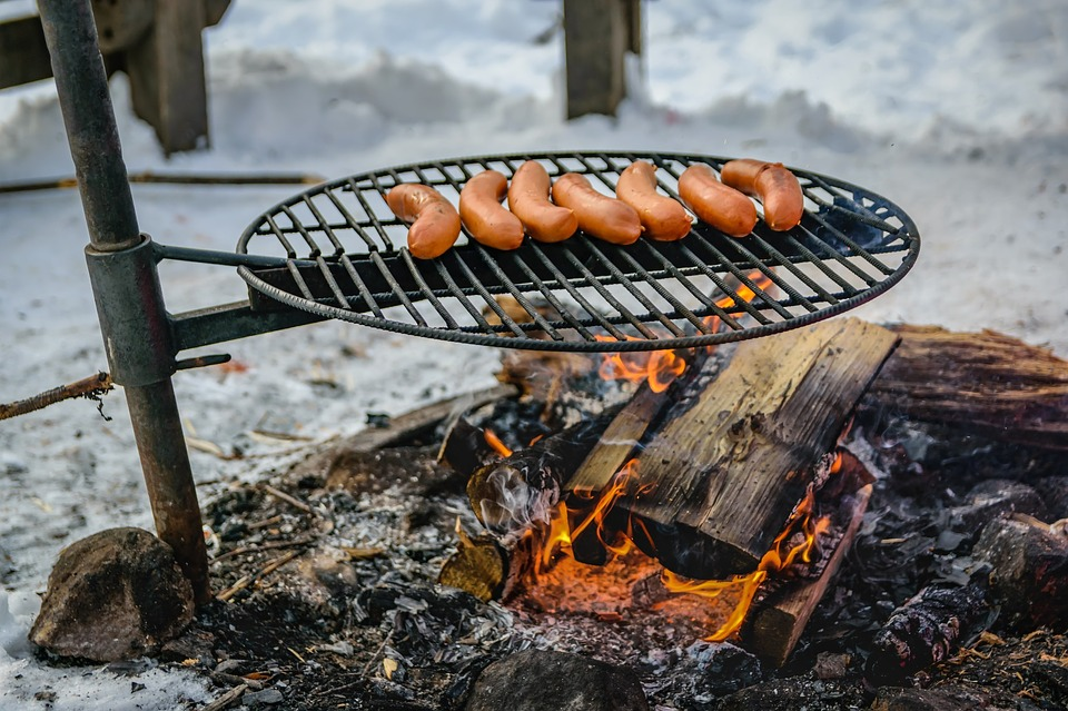 Easy Cooking Ideas for Camping - Hot Dogs