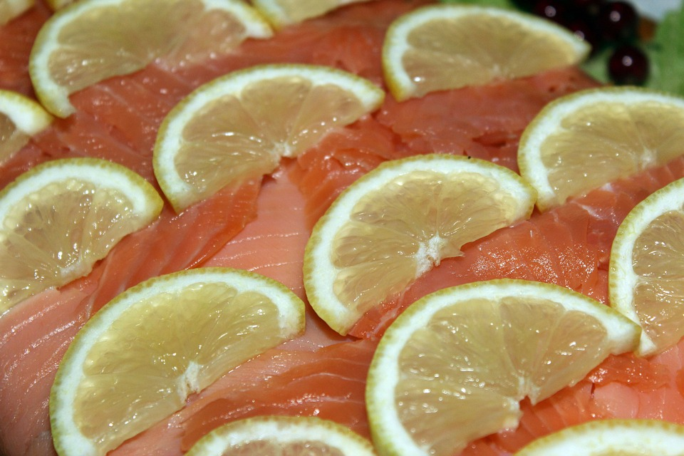 salmon and lemon foil pack for camping